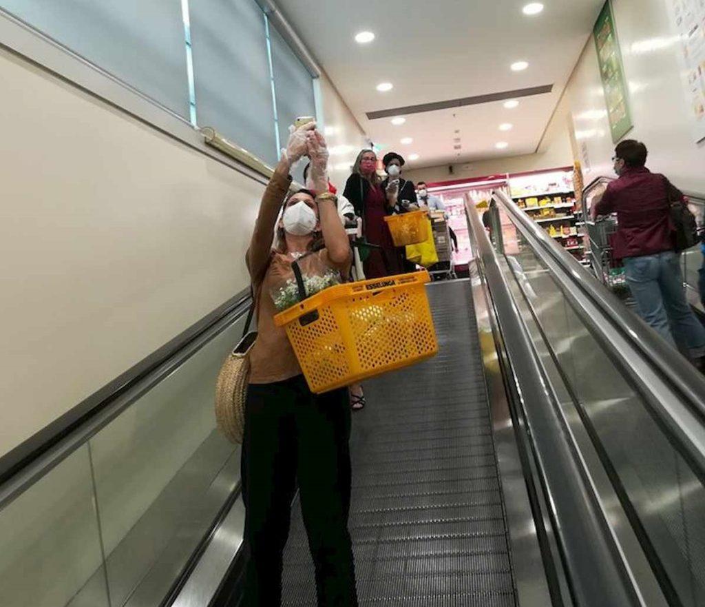 supermercato esselunga addio nubilato