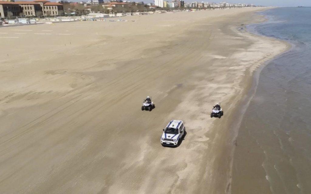rimini controlli covid spiaggia