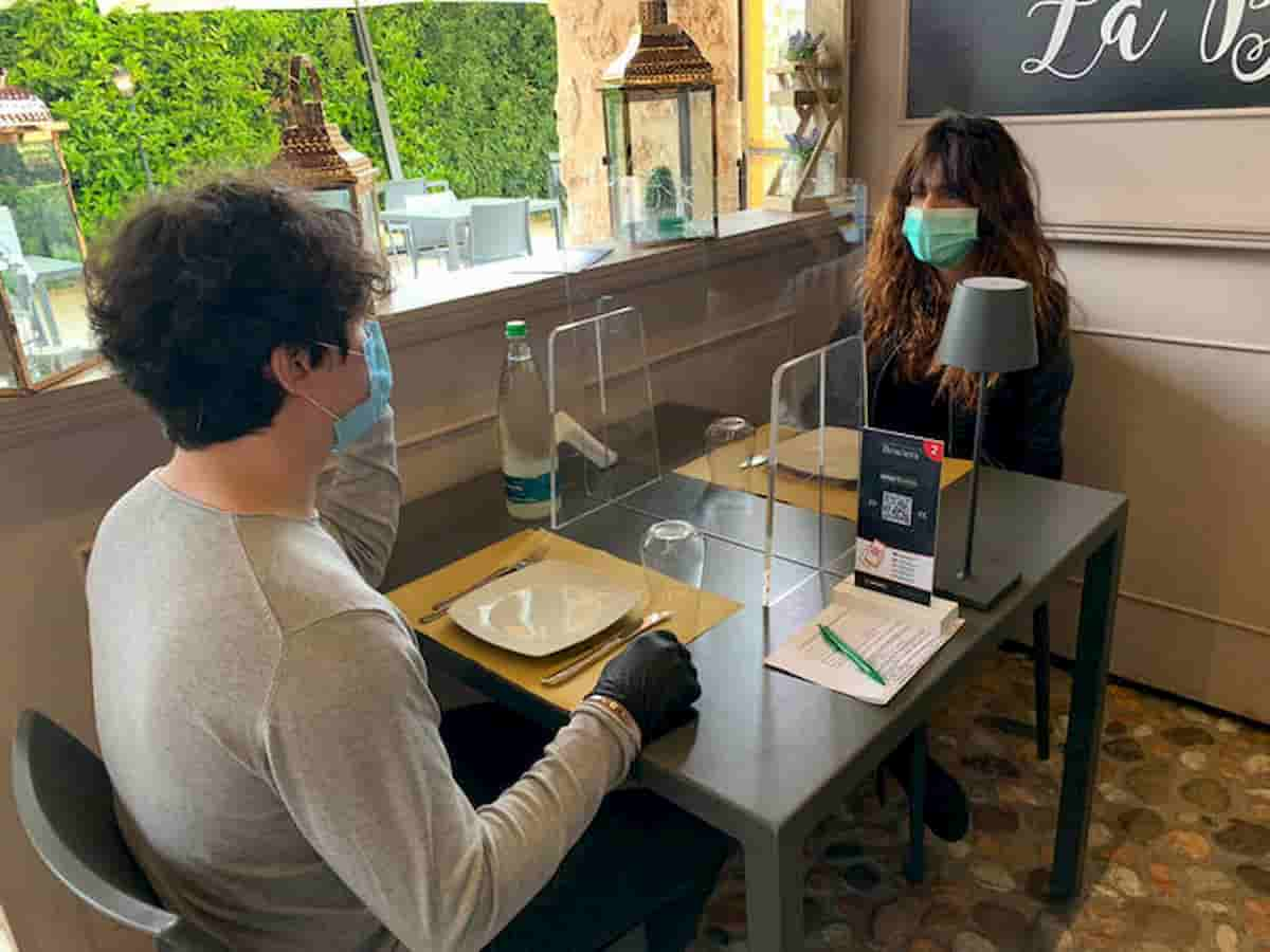 Coronavirus Fase 2: ristoranti e Comune di Roma per autocertificazione clienti. L'avvocato è contento, il medico no