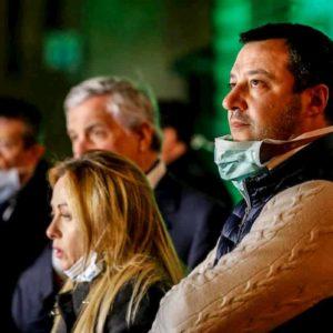 Destra italiana ribelle invita a disobbedienza e rivolta contro...coronavirus