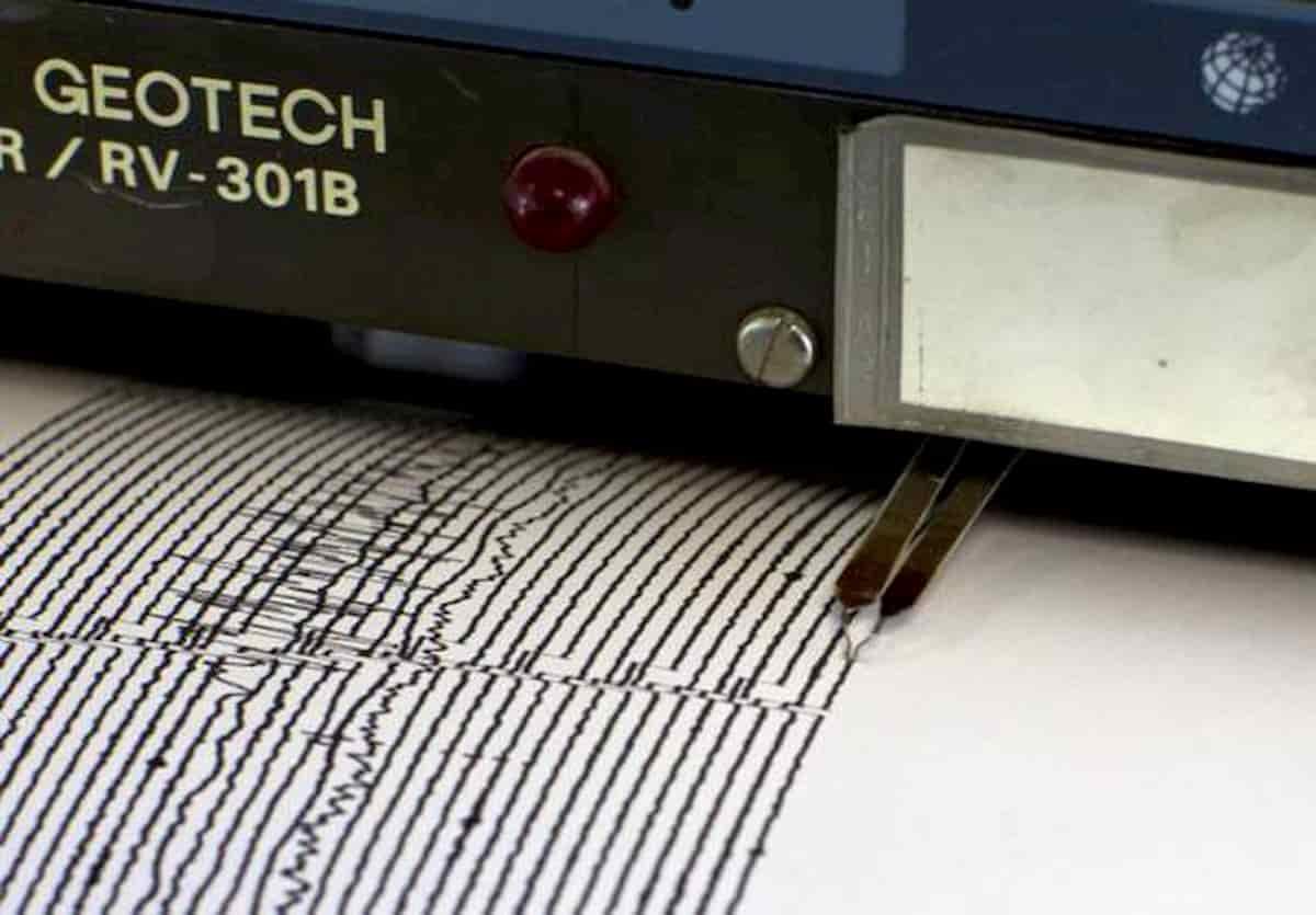 Terremoto Crotone Calabria: nuova scossa di sera, in tutto 30 scosse venerdì 3 aprile