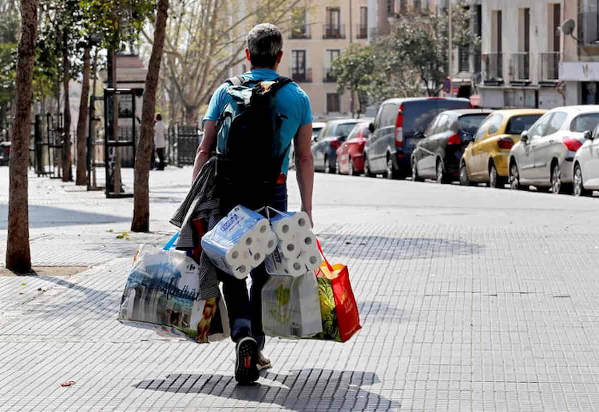 """Coronavirus, italiano in Spagna: """"Qui molta gente sta sottovalutando la situazione..."""""""