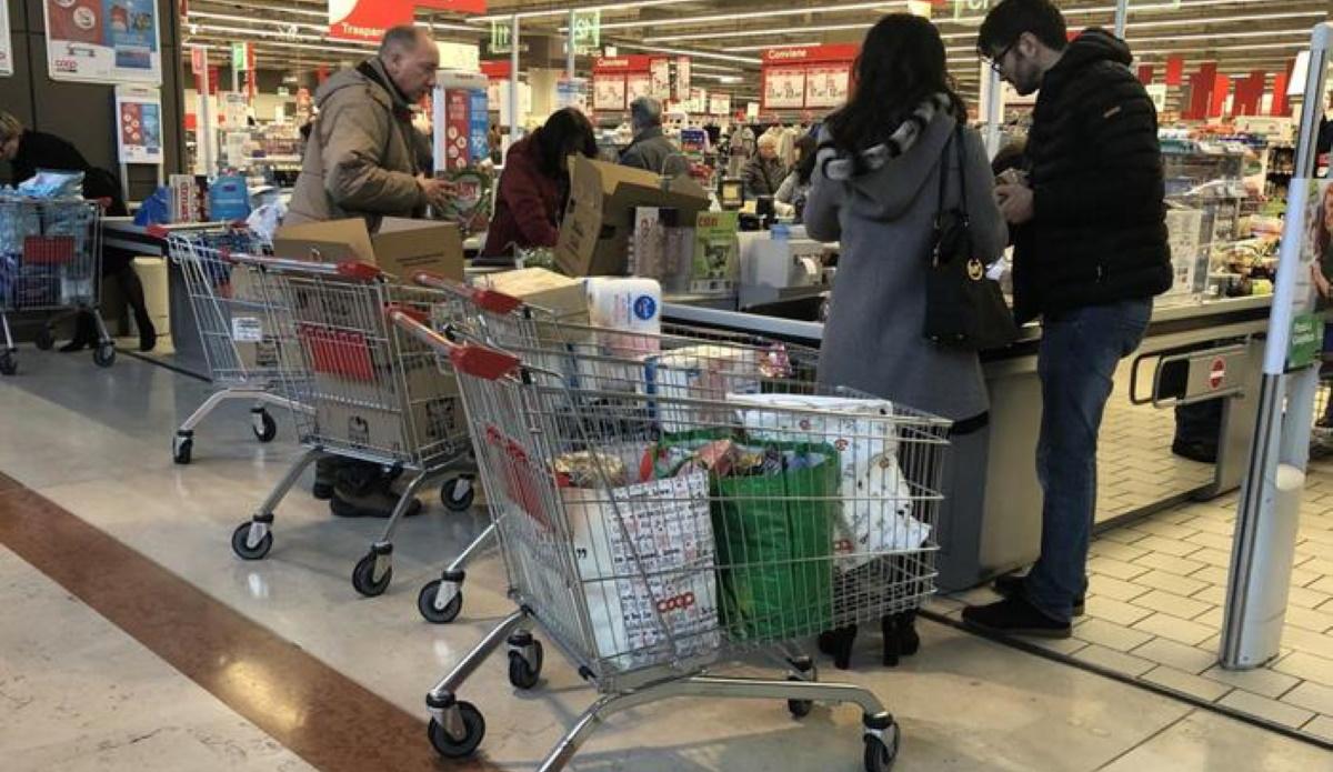 Vigilante Lanciano aggredito al supermercato da due fratelli