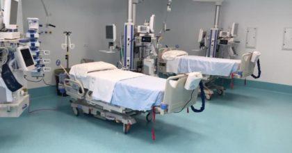 Coronavirus, in Toscana stop all'isolamento in casa: trasferimenti negli alberghi sanitari