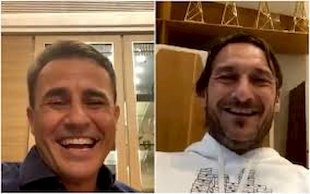 """Totti scherza con Cannavaro: """"Calcio a Balotelli? Si è salvato perché non l'ho preso bene..."""""""