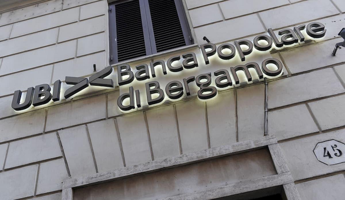 Credit Agricole tra Ubi Banca e Intesa San Paolo: sgambetto o paravento francese per gli azionisti?