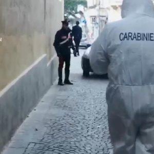 Coronavirus, pubblica un video sui controlli in strada. Poco dopo gli sparano