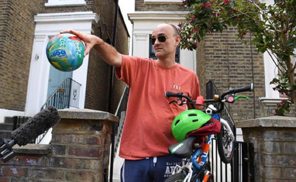 Lockdown, spin doctor di Boris Johnson lo viola. 400 km per raggiungere la famiglia. Polizia indaga