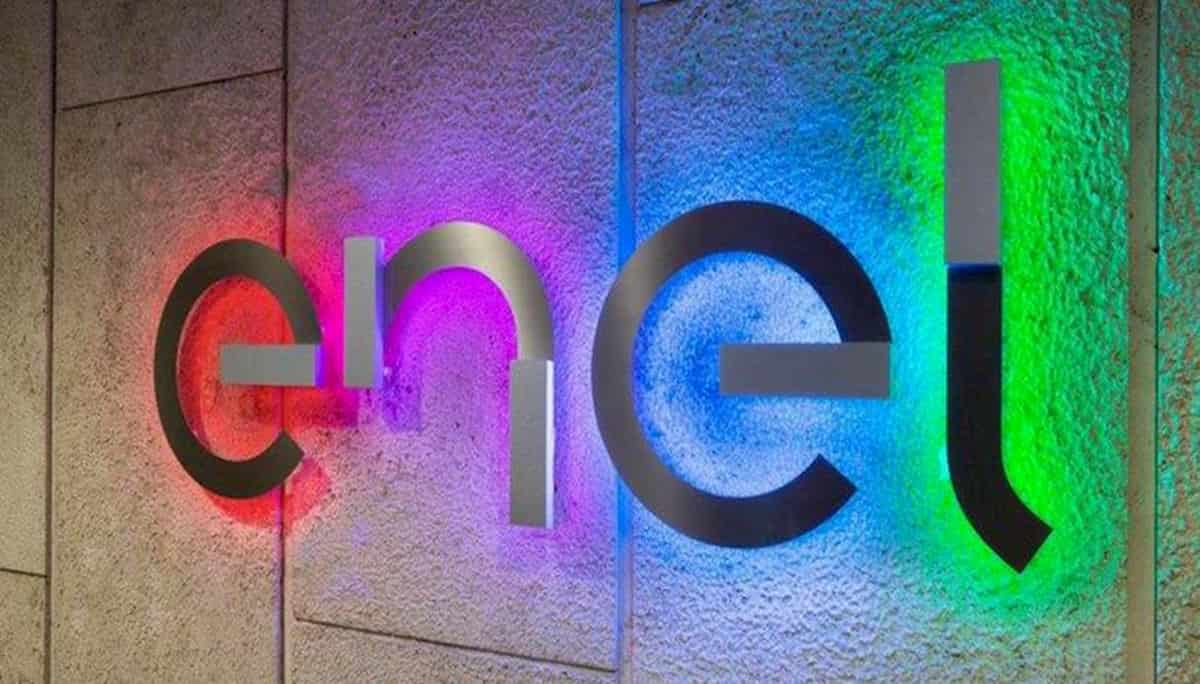 Enel assume diplomati: come candidarsi, le figure ricercate