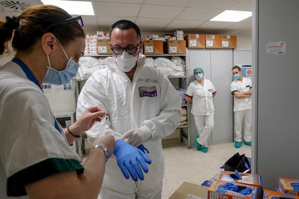 Aifa: stop all'uso della idrossiclorochina per i malati di coronavirus