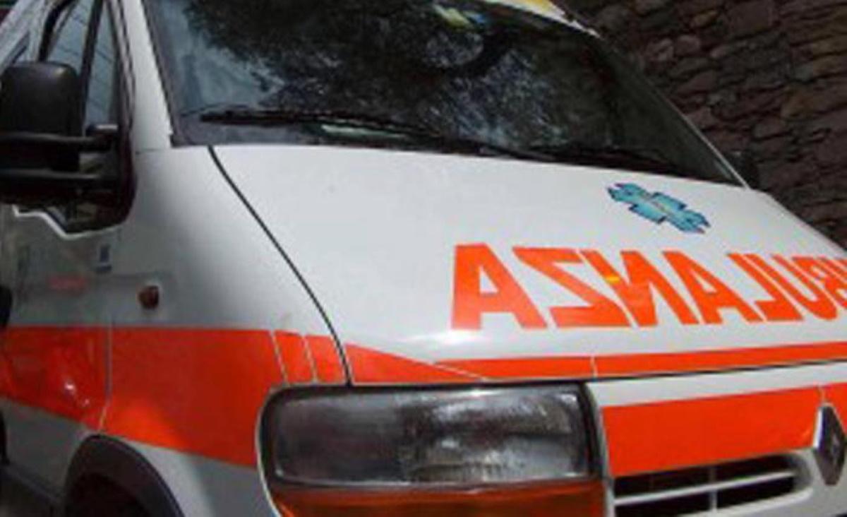Incidente Aviano, perde controllo della moto e si schianta verso Piancavallo