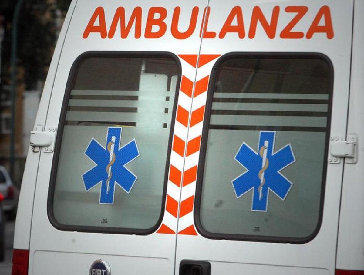ambulanza foto ansa