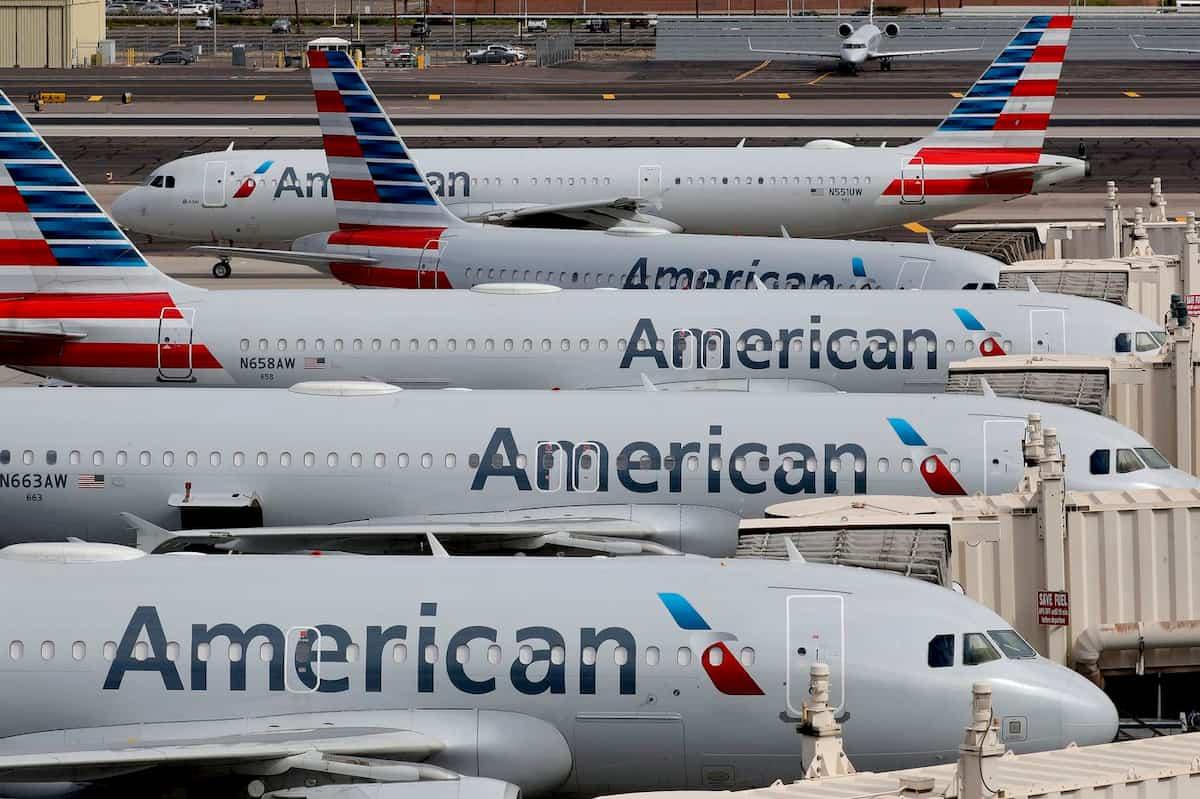 Italiano scambiato per terrorista su un volo American Airlines: stava solo scrivendo una equazione
