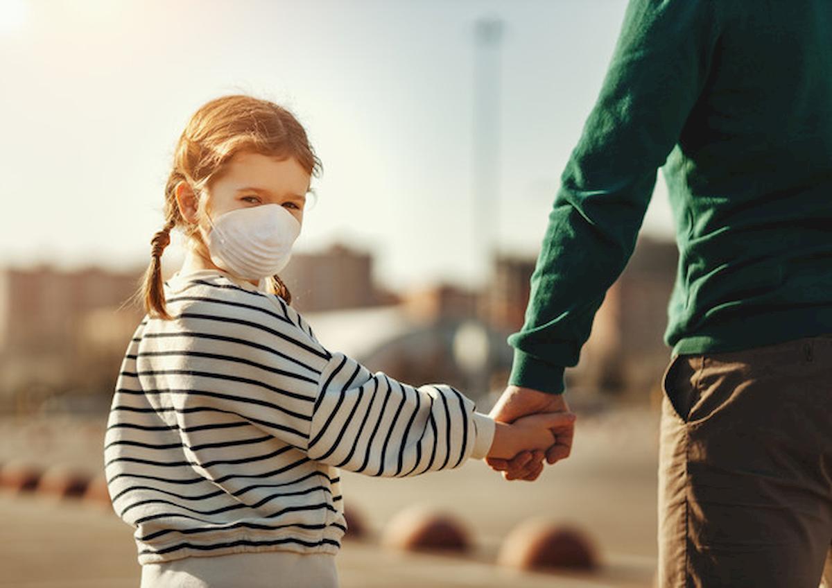 Coronavirus, nei bambini il primo sintomo non è la tosse. Attenzione a problemi intestinali