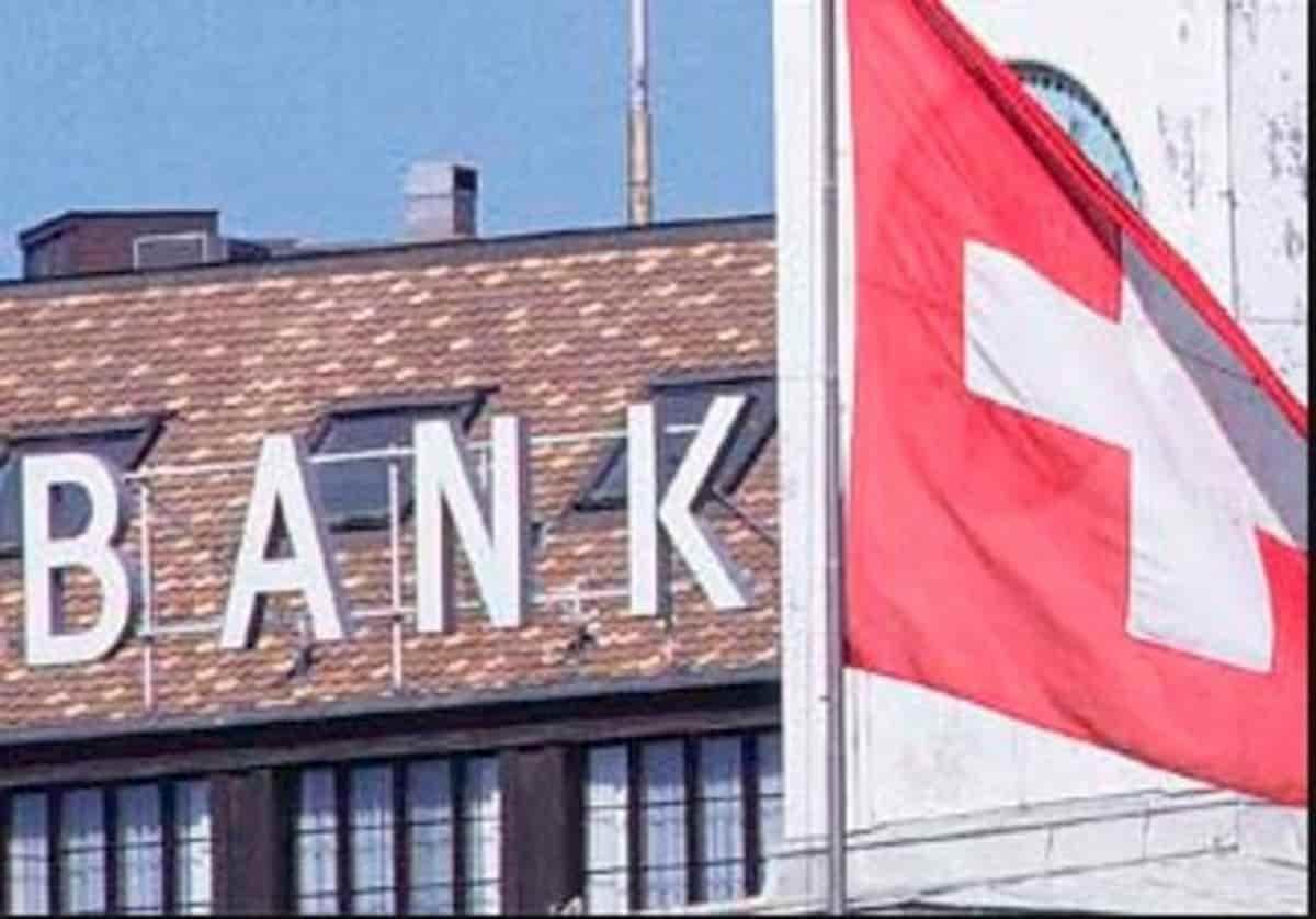 Covid spallone: italiani riportano i soldi nelle banche in Svizzera
