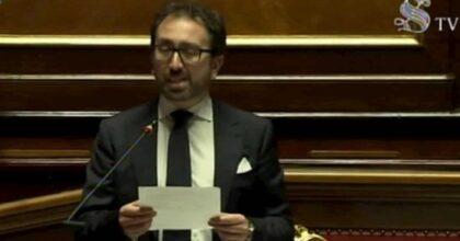 Bonafede, Renzi salvandolo diventa ago della bilancia del Governo