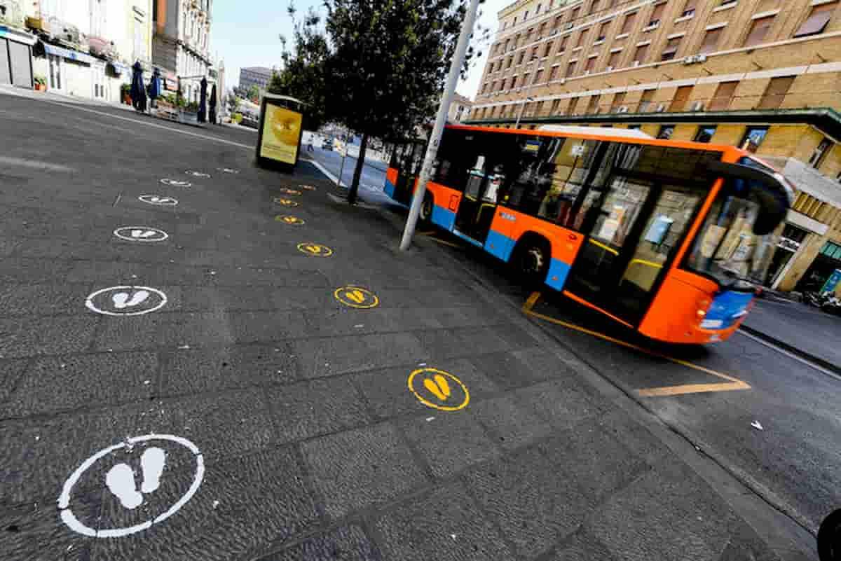 Roma Bus, senza mascherina, picchiano autista, fermati. Pena? Subito liberi