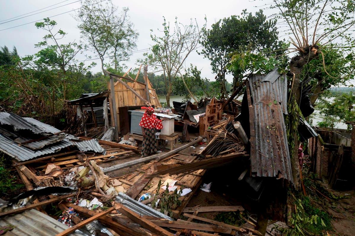 Il ciclone Amphan si abbatte su India e Bangladesh: 84 morti