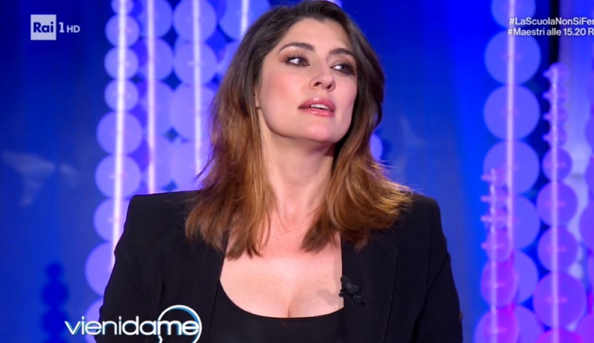 """Elisa Isoardi: """"Raimondo Todaro? Sono single e sono serena"""""""