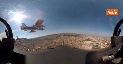 Frecce Tricolori, le spettacolari immagini dalla cabina di pilotaggio VIDEO