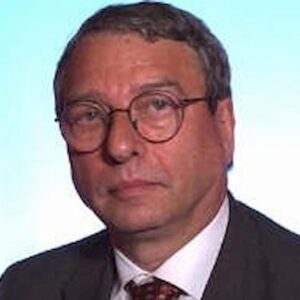 """Giulio Savelli è morto: l'editore di """"Porci con le ali"""" e """"La strage di Stato"""" aveva 78 anni"""
