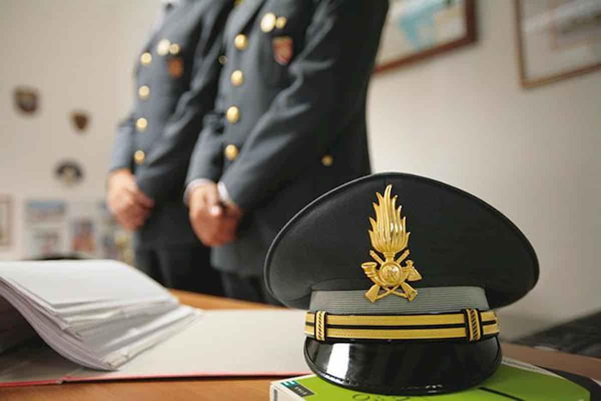 Sanità Sicilia: 10 arresti, anche commissario Covid Candela. L'accusa è di corruzione
