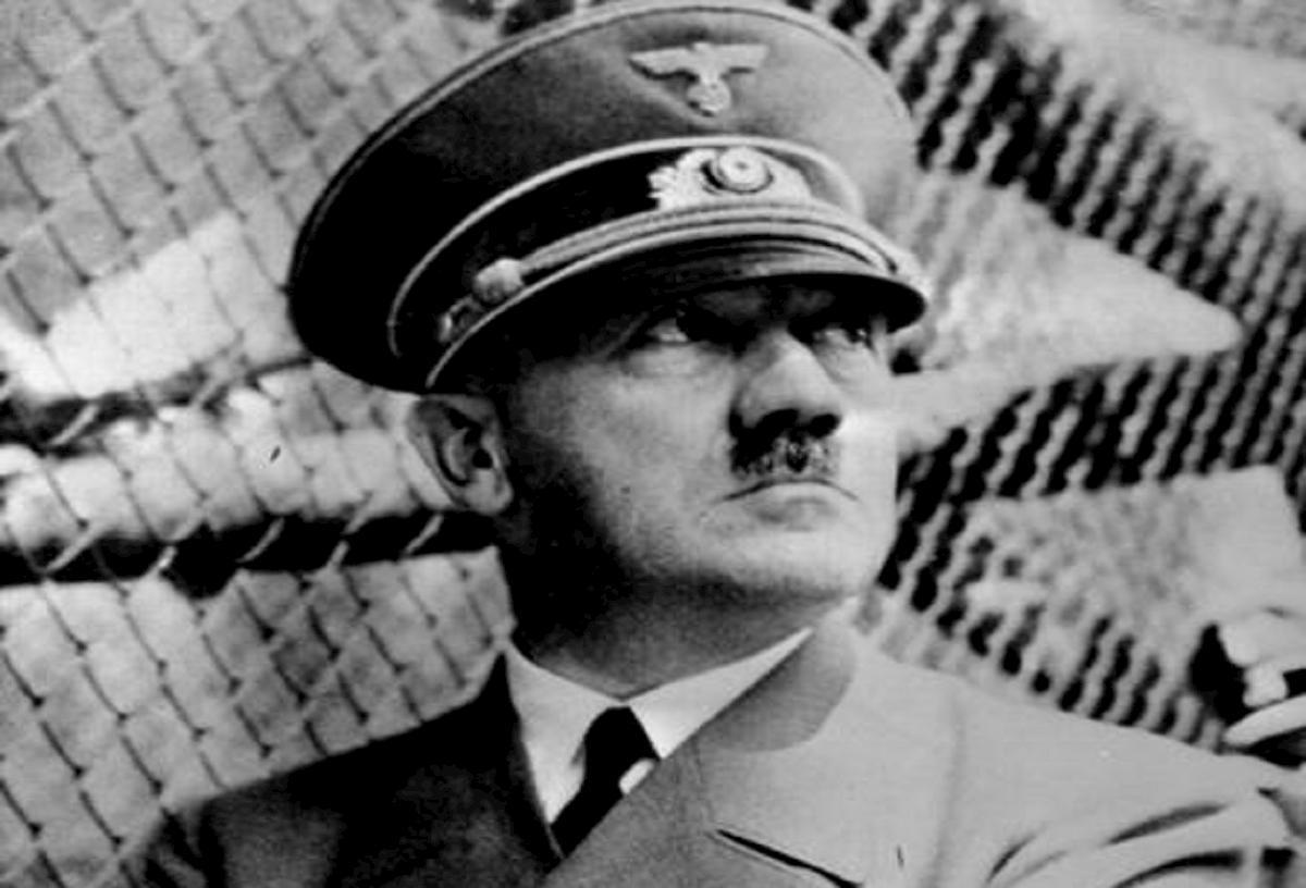 I tedeschi sono sempre quelli, come ai tempi di Hitler: dominio totale o soluzione finale