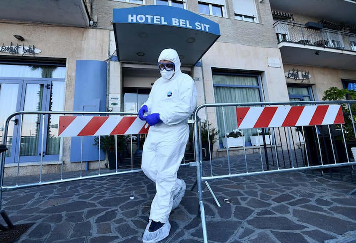 In albergo come? Le soluzioni dei Grand Hotel: tampone 24 ore prima, bagagli disinfettanti, termoscanner...