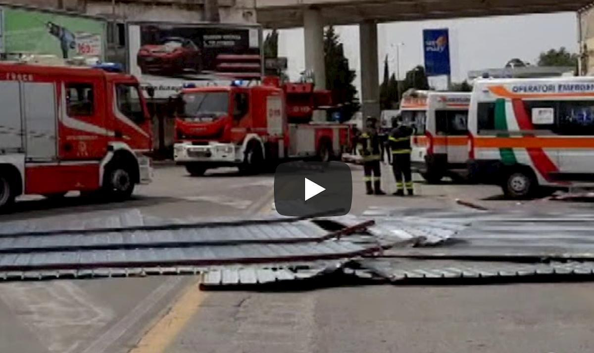 Bari, lamiera divelta dal forte vento uccide una donna di 53 anni