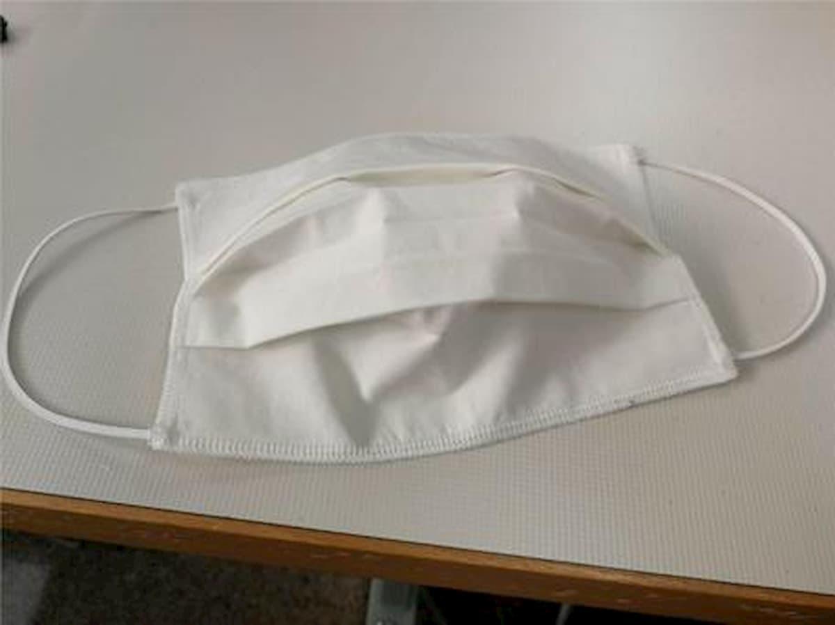 Mascherine di stoffa fatte in casa efficaci contro il coronavirus