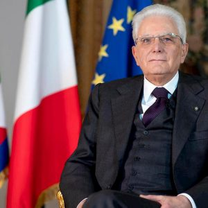 """1 Maggio, il messaggio di Mattarella: """"Ripartire senza dimenticare l'angoscia. Governo sia chiaro, italiani prudenti"""""""