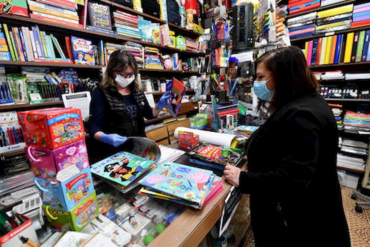 Fase 2, in Lombardia Fontana propone negozi aperti dalle 11 e supermercati chiusi tardi