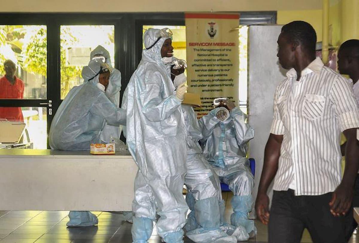 Coronavirus, in NIgeria sepolture di massa di morti per Covid-19