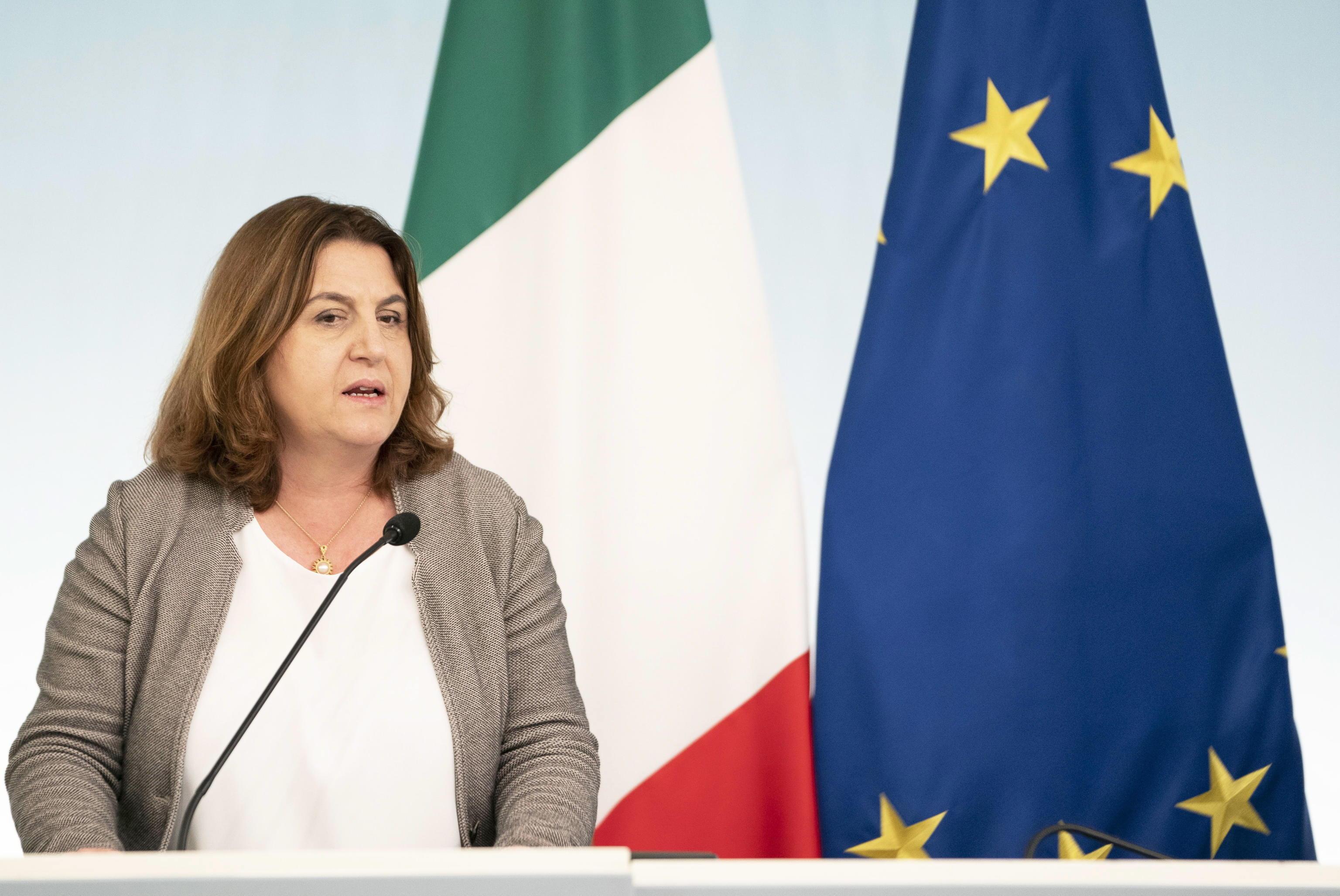 Dl Maggio Catalfo: Stop licenziamenti, semplificazione per cig