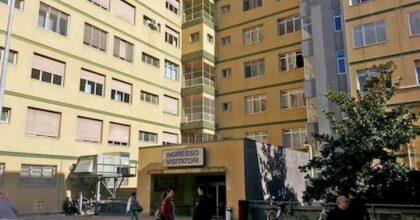 Pescara, paziente si butta dal settimo piano dell'ospedale. Pensava di avere il Covid