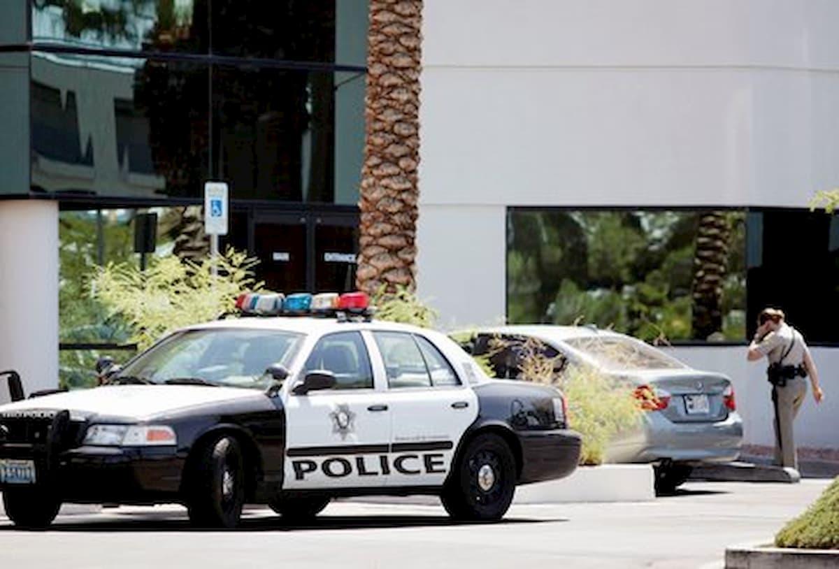 Coronavirus, Usa: agente di sicurezza di un negozio ucciso. Aveva vietato l'ingresso ad una donna senza mascherina