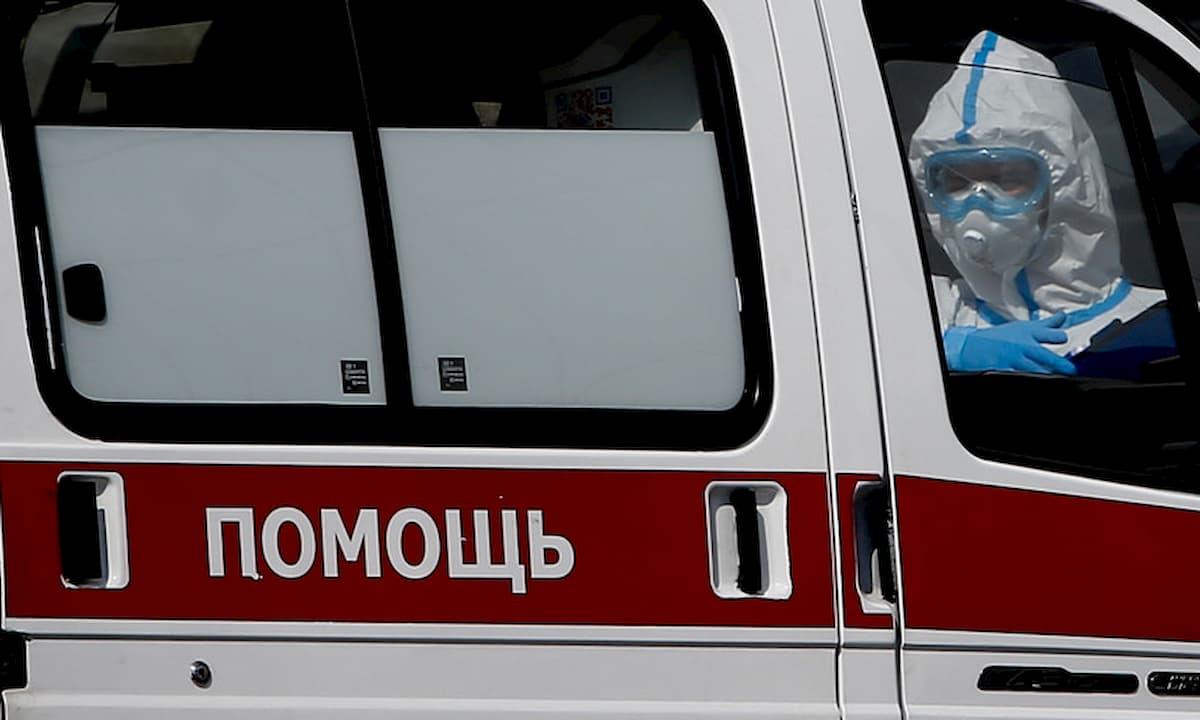 San Pietroburgo, incendio nel reparto coronavirus di un ospedale: almeno 5 morti