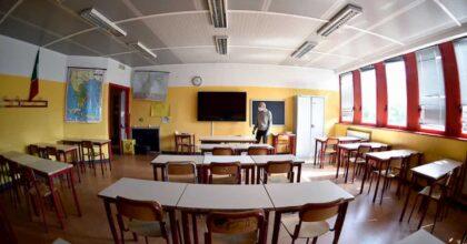 Rientro a scuola: fino alle medie didattica in presenza. Lezioni online per le superiori?