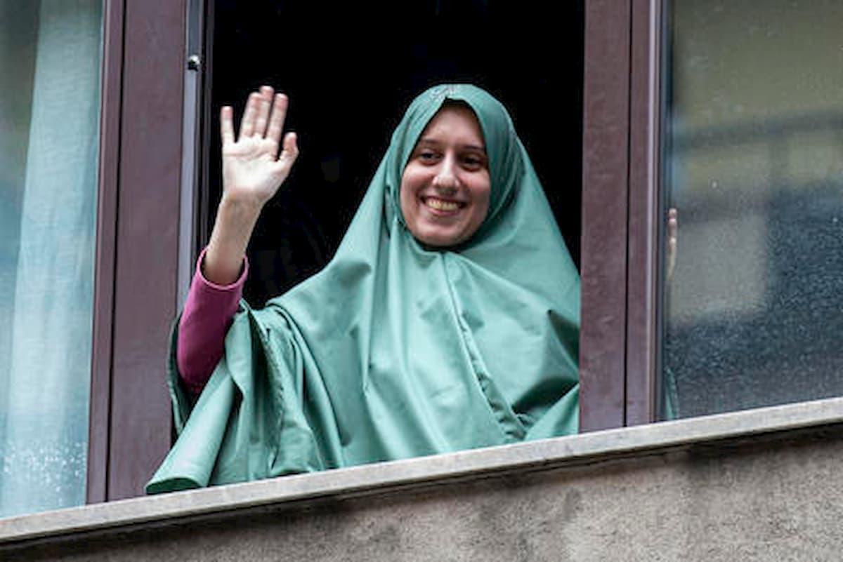"""Silvia Romano e il versetto del Corano su Facebook: """"Chi è è nemico sarà amico"""""""
