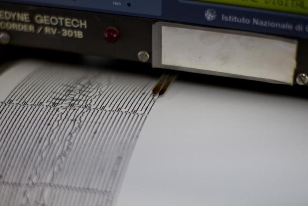 Terremoto Iran, scossa del 5,1: gente in strada e tanta paura