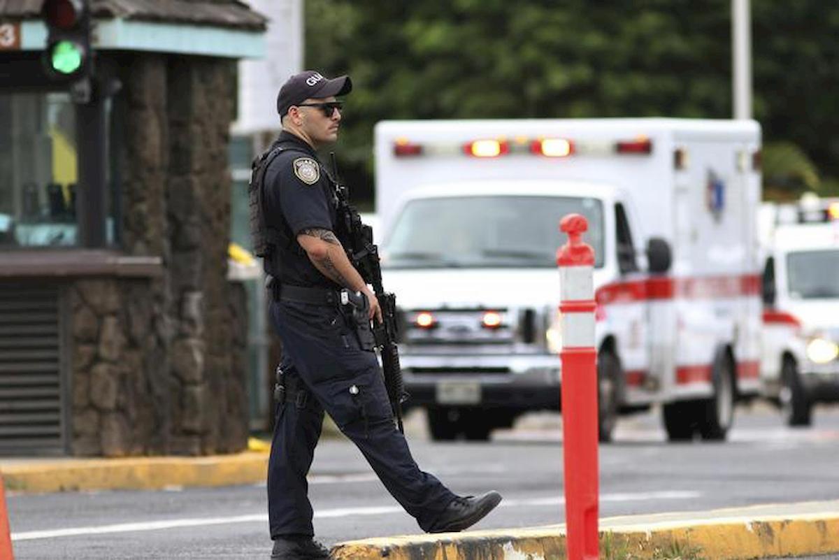 Texas, assalto terrorista alla base aeronavale Corpus Christi. Killer neutralizzato, ferito un militare