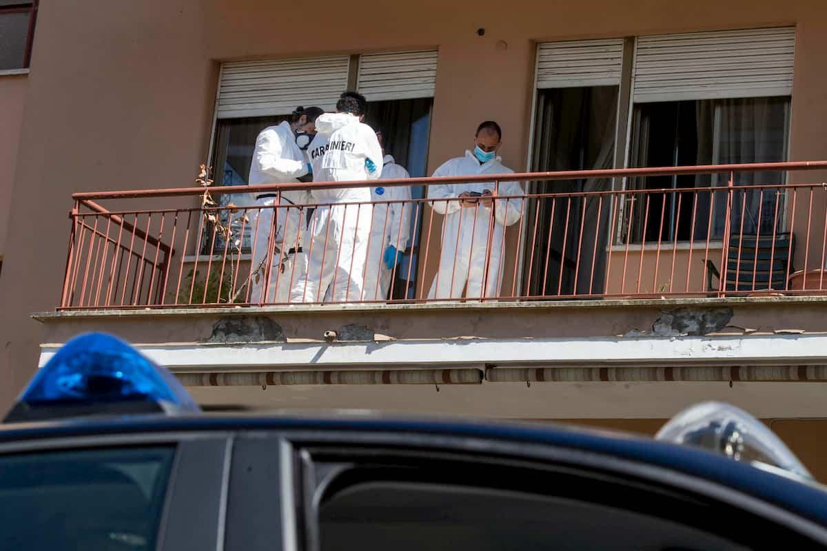 Roma, uomo trovato carbonizzato sul balcone di casa