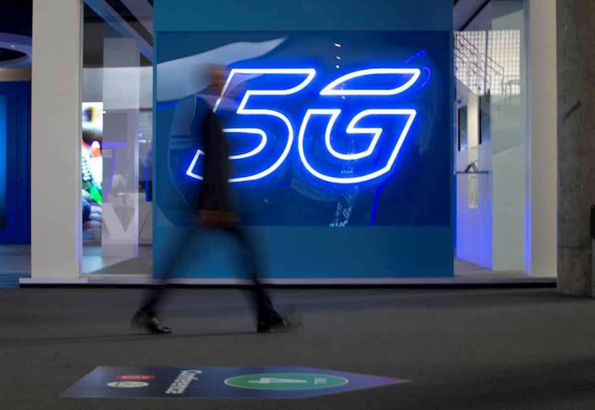Antenne 5G, 500 Comuni hanno detto no. Ma non dovevamo diventare smart connessi?