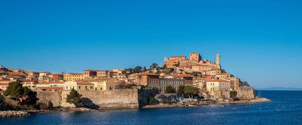 Viaggi all'Elba: limitazioni e opportunità dopo il coronavirus