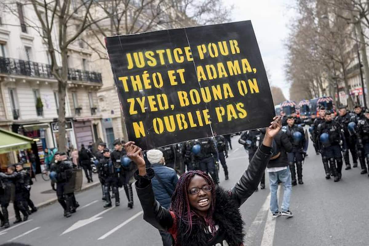 Francia. Adama Traoré come George Floyd? L'ultimo rapporto medico-legale inchioda la Polizia: disordini e proteste