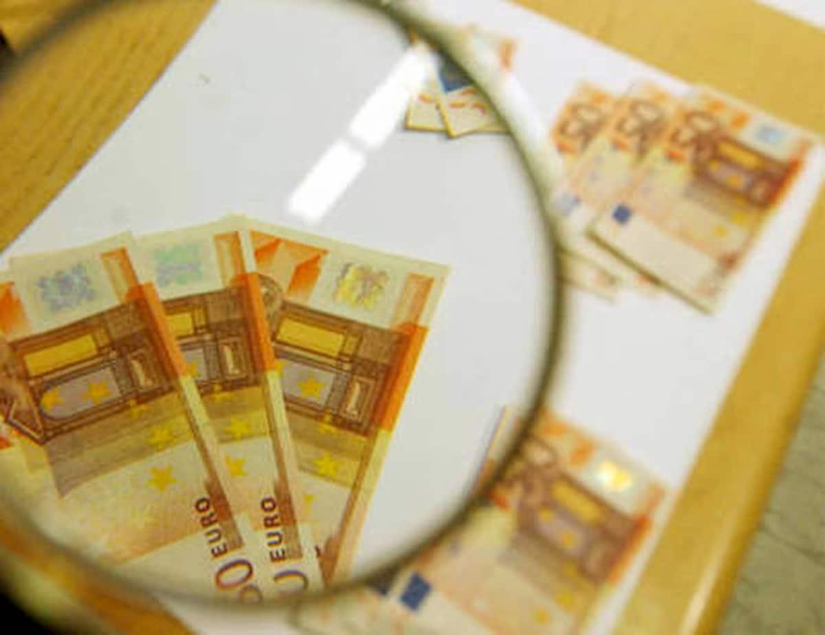 Bambino di 8 anni prova a pagare con banconota finta: indagato in Svizzera