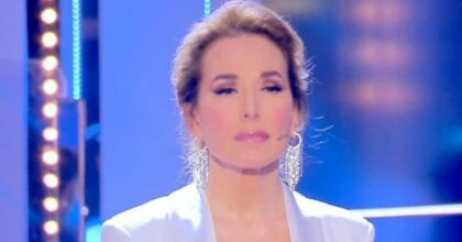 """Barbara d'Urso: """"Conte mi ha fatto i complimenti per le info che ho dato sul Covid"""". E sulla preghiera con Salvini..."""