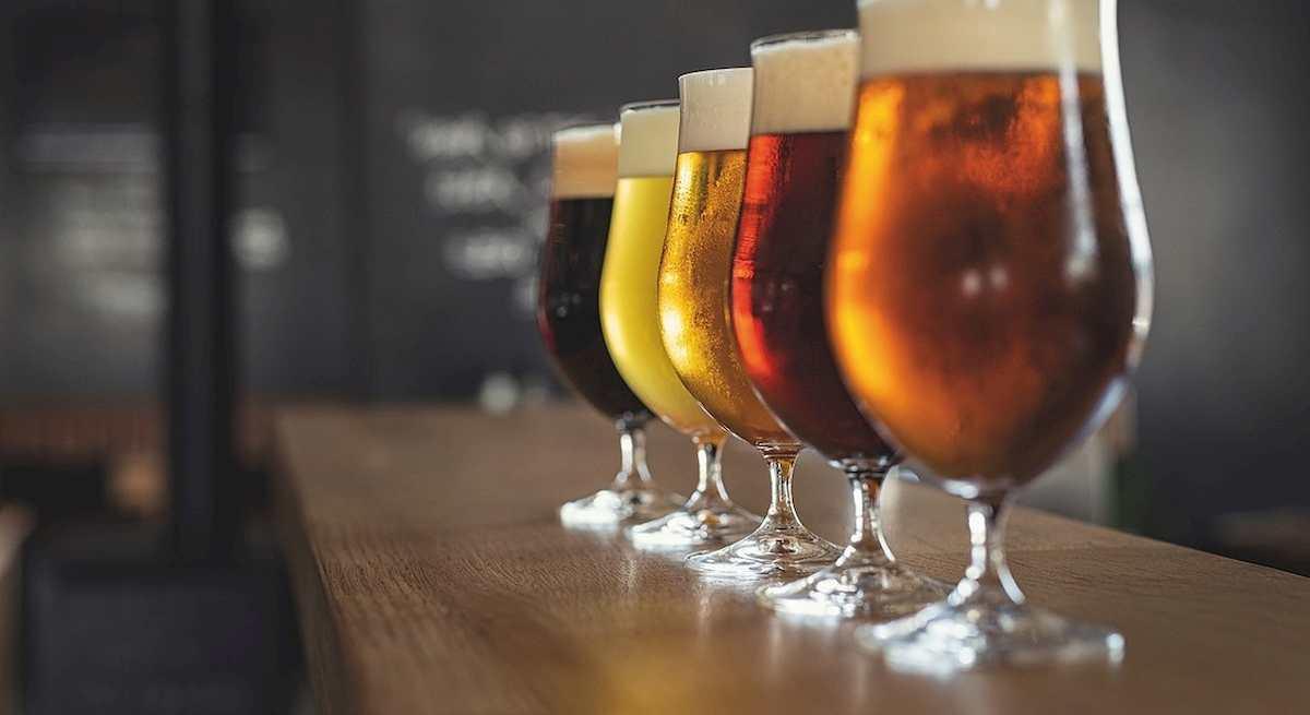 Cina, beve troppa birra e non urina per 18 ore: vescica si rompe in tre punti