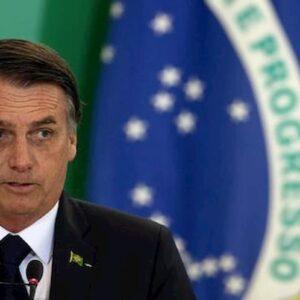 """Coronavirus, il Brasile rivede il criterio di conteggio delle vittime. Folha de Sao Paolo: """"Colpo di stato statistico"""""""