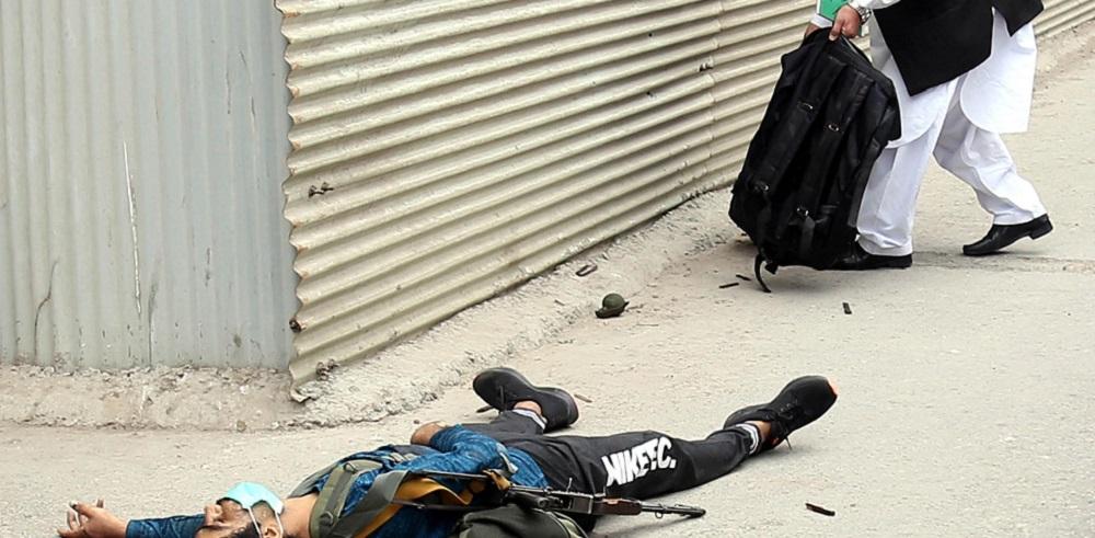 Pakistan, commando assalta la Borsa di Kerachi e a 10 morti